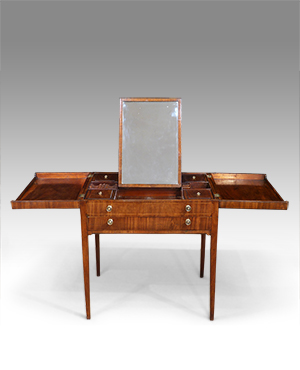 Antique folding dressing table - £ 1660