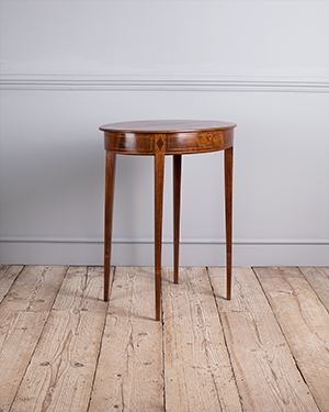 Georgian oval occasional table - £ 1350