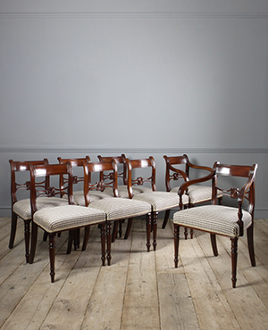 Set of 8 antique dining chairs - £ 4650